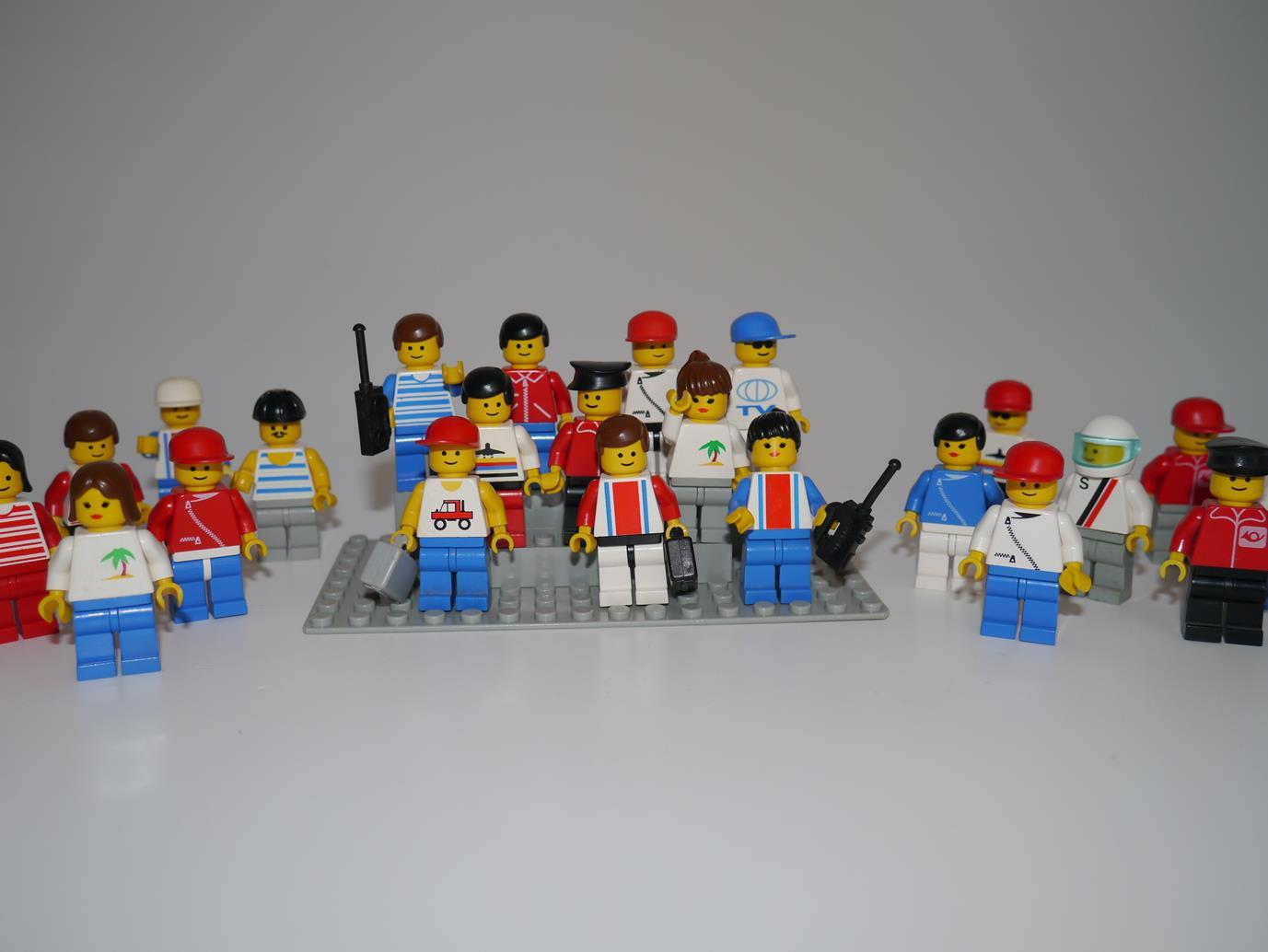 Lego Eisenbahn TRAIN Anzeigentafel Tafel Fahrplan Uhrzeiten MODERN RC III